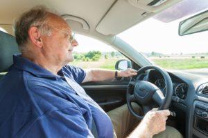 Faut-il interdire la conduite aux personnes âgées ?